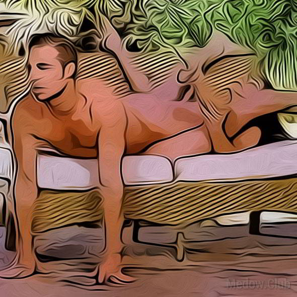 Секс поза 31 - девушка лежит на диване у края, раздвинув ноги. Парень ложится тазом ей между ног и спиной к ней, а руками опираясь об пол.